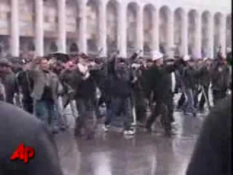 Kygyzstan riots! Kyrgyz opposition taken full control of the country