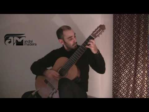 Big Guitar II - Otoño Porteño - A. Piazzolla (arr. S. Assad) - André Madeira