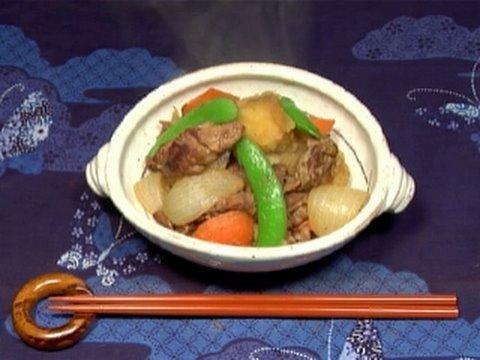How to Make Nikujaga (Japanese Beef and Potato Stew Recipe ...