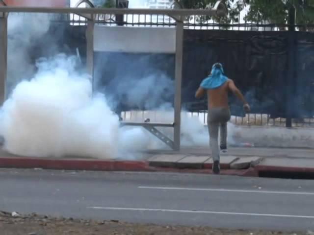 #14A Protestas en la avenida Lara con Leones #Barquisimeto