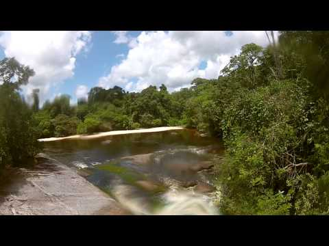 "my first test with the 6 meter telescopic pole system ""KAMKOP"" in combination with a GoPro HD2 somewhere in the jungle near Pikin Slee, Suriname mijn eerste ..."