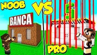 CASA BANCA NOOB contro BANCA PRO su MINECRAFT!