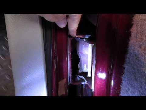 1999 Chevy Tahoe Door Hinge Problem and Repair