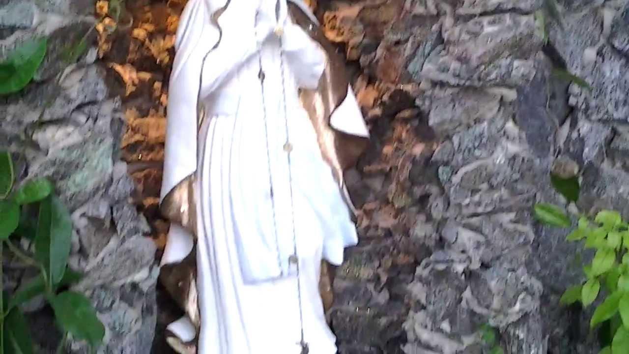 construir gruta jardim : construir gruta jardim:Gruta de Lourdes da casa de Lehandro Decorações Bom Jardim PE
