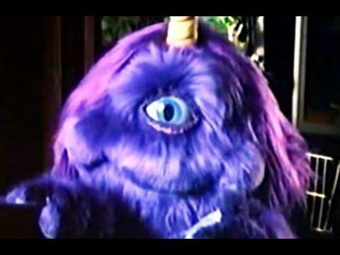 Los Amigos Invisibles - Purple People Eater