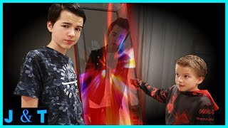 Clones Escape Magic Mystery Mirror I Strange Things Happening / Jake and Ty