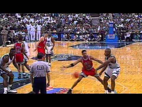 Michael Jordan and Shaquille O'Neal Highlight the Top 10 Plays of the Week - May 20, 1995.