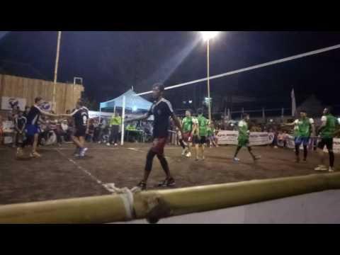 Volley ball pukulan memakan korban!!!!LUMAJANG