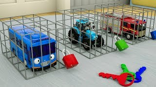 Learn Colors with Tayo Bus Locked in Cage | Tractor, Fire Truck for Kids Children