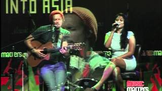 Jason Mraz ft. Dira Sugandi - Lucky[Live at Music Matters]