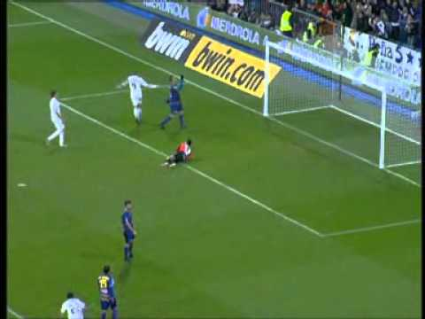 Real Madrid Vs Levante 8-0 - All Goals & Match Highlights December 22 2010 - (3D)