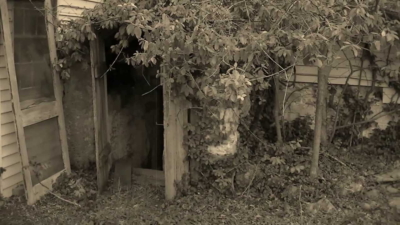 Inside Scary Old Houses