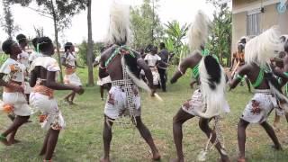 Elgon Ngoma Troupe - Kadodi Imbalu Dance - The Singing Wells project