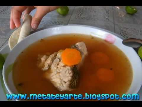 Como hacer caldo de pescado pargo fish stock youtube for Como cocinar pescado