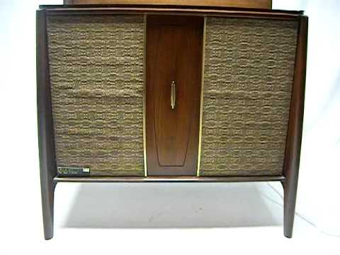 Mid Century Modern Record Player Stereo Console Bluetooth Ipod Iphone Android Tu