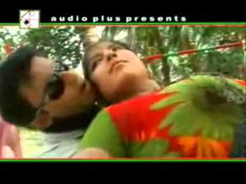 Ektu Abas Dao Dondure Bangla Sexi Song.flv video