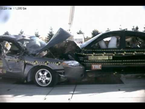 2006 Ford Taurus Vs. Ford Taurus Frontal Angled Impact (50%)