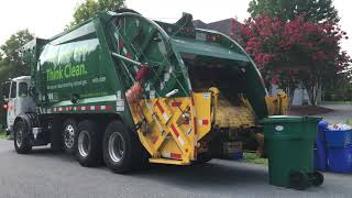 Autocar ACX / McNeilus Rear Load Garbage Truck