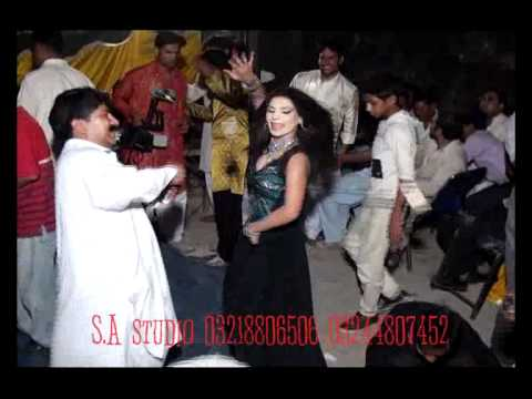 wedding mujra dance in lahore 2012 sharif log part 1