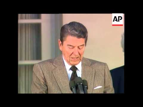 President Reagan welcomes President-Elect George H. W. Bush to the White House