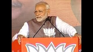 Day after Rafale clean chit, PM Modi lists Congress's defence scams