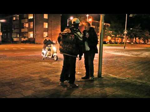'Snotneus' wil dienstnummer van politieagent in IJmuiden