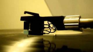 Watch Iggy Pop Squarehead video