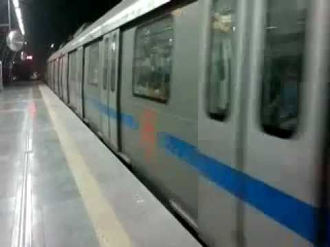 Delhi Metro Train Service.mp4