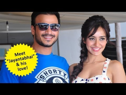 Vivek Oberoi & Neha Sharma Reveal jayantabhai Ki Luv Story video