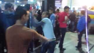 رقص علي اغنية مش هروح
