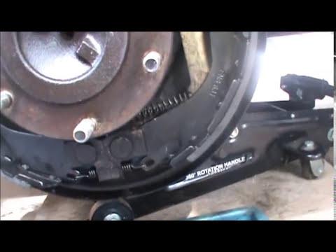 como cambiar frenos traseros  de tambor