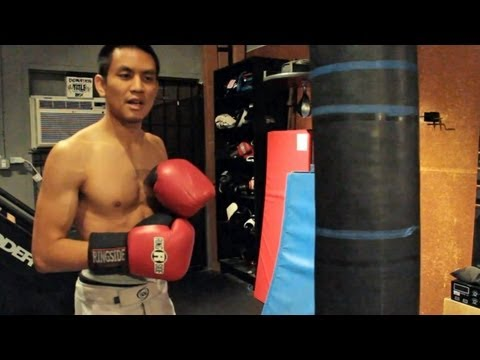 How to Hit a Heavy Bag Image 1