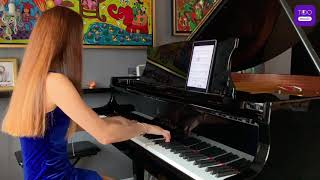 Chopin Waltz Op. 64 No. 2 - Pianist Bo Young Kwon demonstrates autopaging on Tido Music