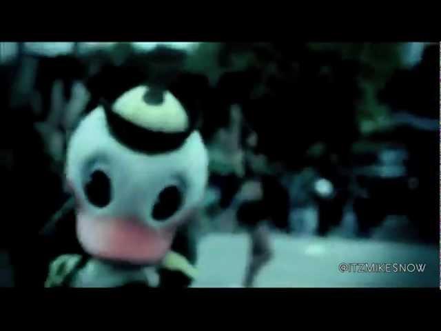 2011 Oregon Ducks Theme Song - Mike Snow