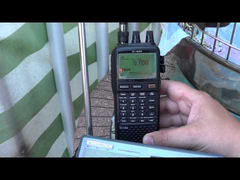 Radio Romania on Degen DE 1103 VS Icom IC R20