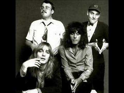 Cheap Trick - Hot Love