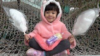 Kẹo Bông Gòn – Đi Mua Và Ăn Thử Kẹo Bông ❤ AnAn ToysReview TV ❤
