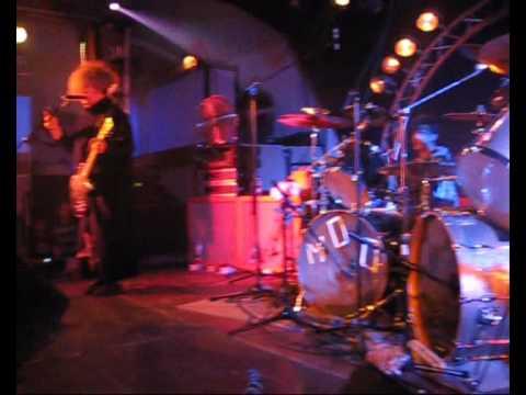 Melvins- Mr. D.N.A ( Devo cover).