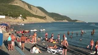 Бoльшoй Утриш -центральный пляж.
