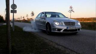 Burnout Mercedes E 63 AMG HD