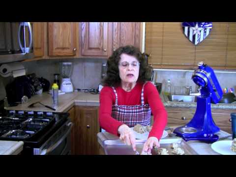 Chocolate Chip Cookies – Holiday Home Cooking Recipe (MIRROR)
