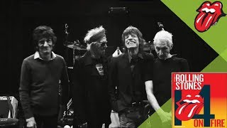 The Rolling Stones Video - The Rolling Stones - SHE'S SO COLD - 14 ON FIRE Paris Rehearsals