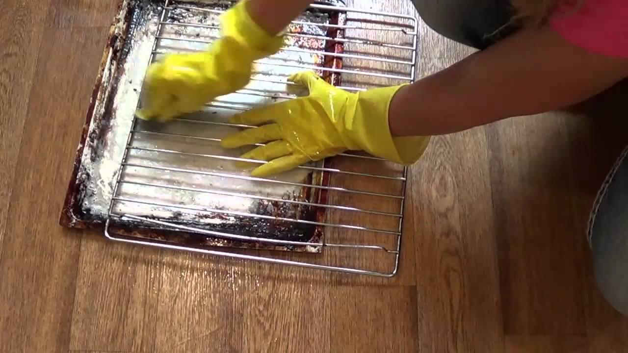 Чем очистить противень в домашних условиях