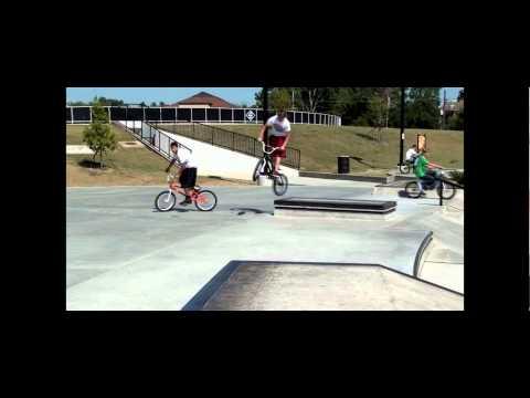 Baton Rouge BMX edit. Baton Rouge BMX edit. Andre', Ron, Cody, Hayes, Devin, ...