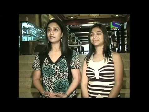 X Factor India - Sajda Sisters performs soothing Bahon Ke Darmiyan...