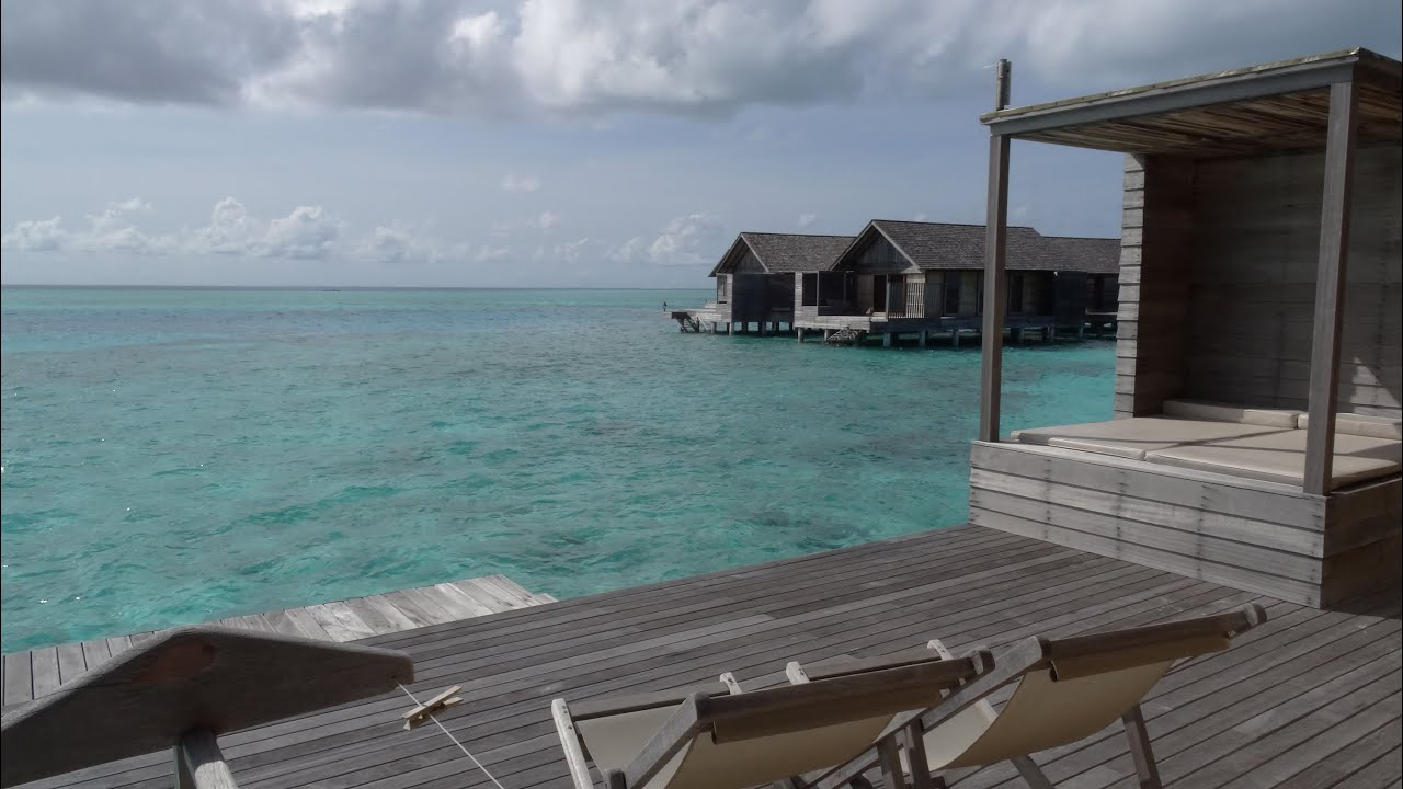 Gangehi Island Resort - Maldivene - Water Bungalows