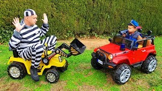 The Man take tractor Funny Baby Paw Patrol ride on POWER WHEEL Jeep to catch a man