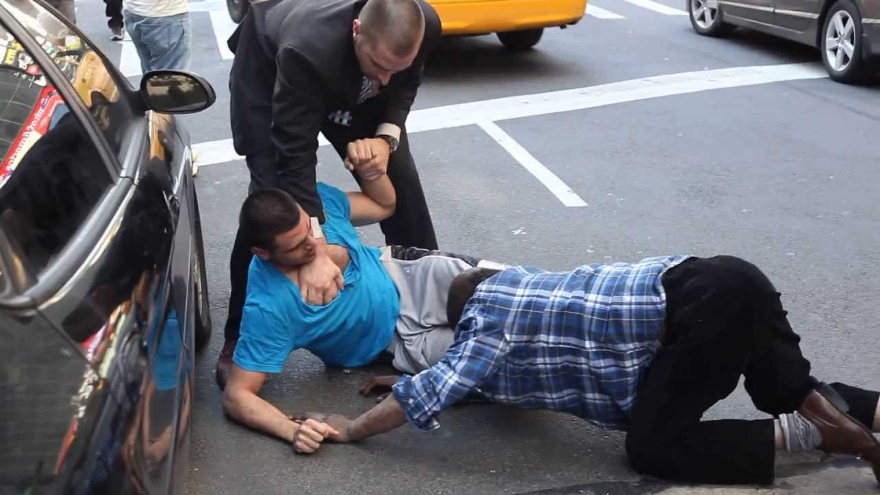 Real New York Street Fight Youtube