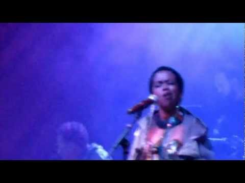 Ms Lauryn Hill Live in London 2012 - Nothing Even Matters