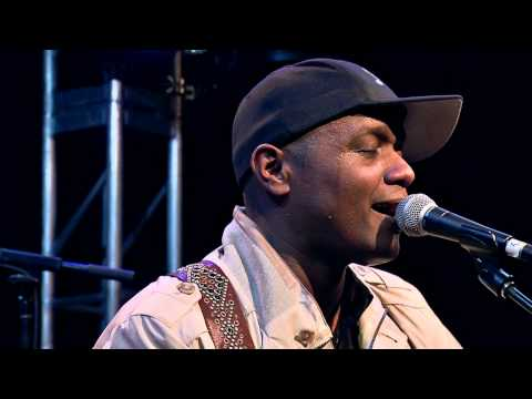 Javier Colon - Raise Your Hand